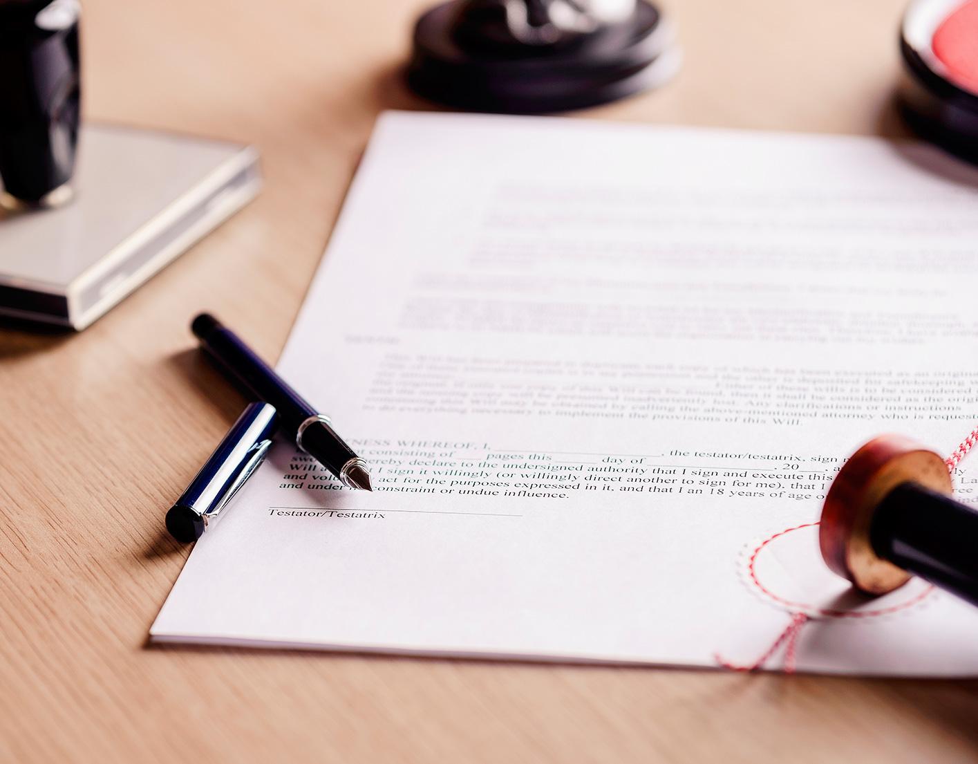 ¿Es posible una segunda definición?. ¿Qué ocurre con los testamentos anteriores y posteriores?. Pactos sucesorios en Balears
