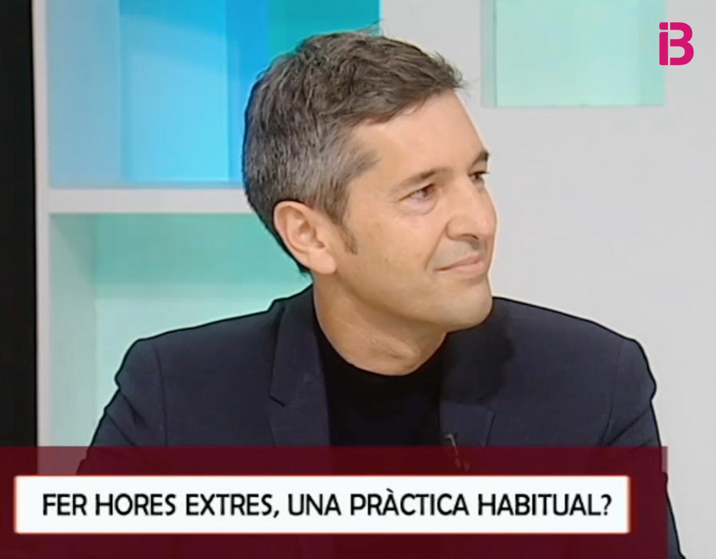 """José Manuel Raya participa en el especial sobre horas extras del programa """"5 dies"""" de IB3"""
