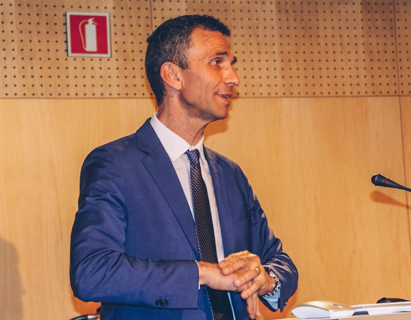 Alejandro Del Campo imparteix una conferència a Andorra sobre el Model 720
